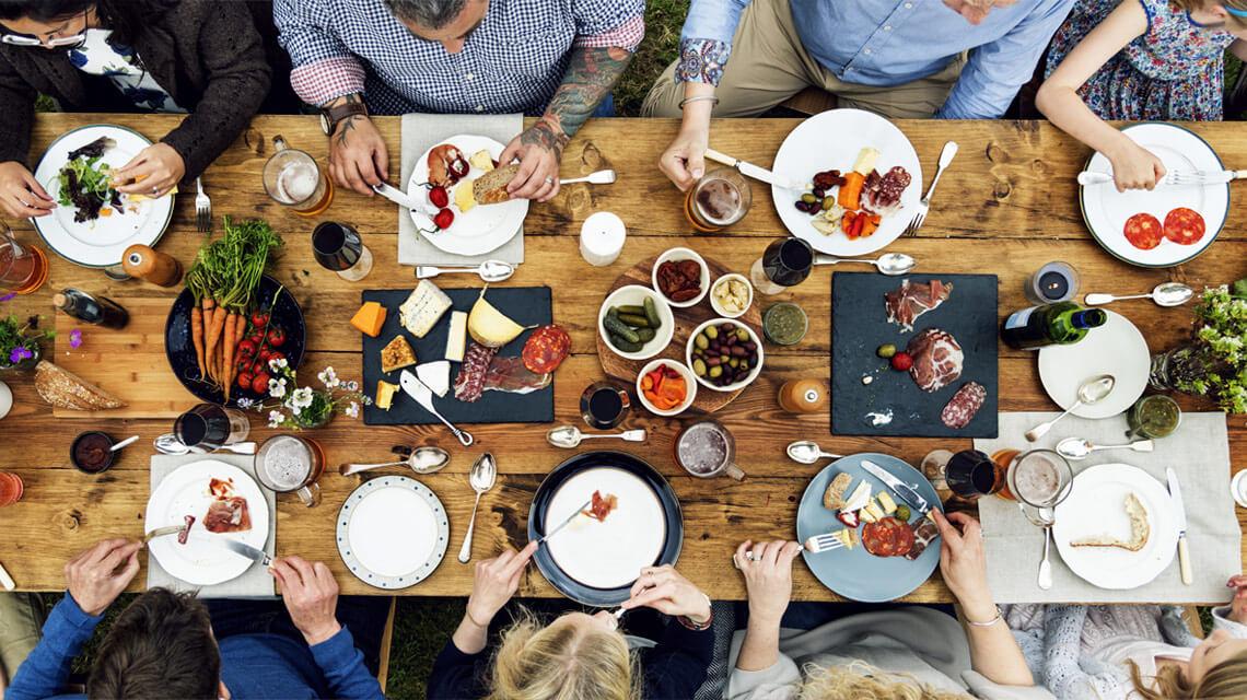 Palmeri-Catering - Freunde zu Tisch
